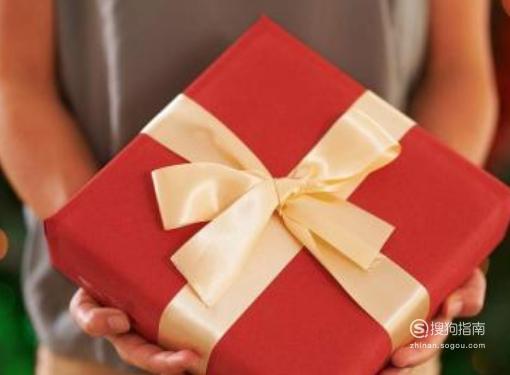 怎么样给女朋友送惊喜的礼物