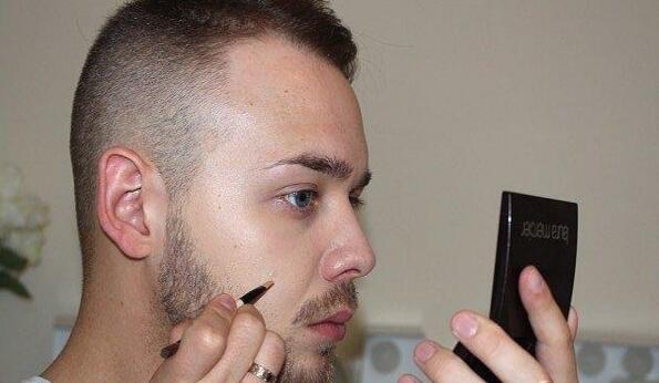 男士化妆的步骤是什么?