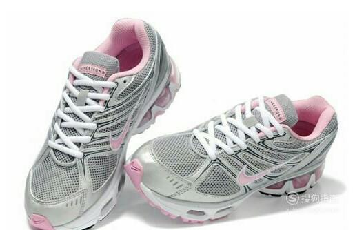 体育考试穿什么鞋最好
