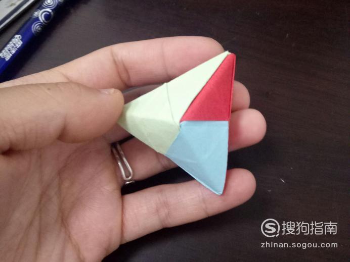 端午节如何用纸折个粽子