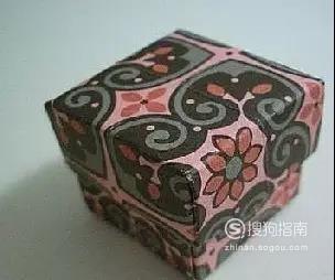 如何折可爱的小纸盒?