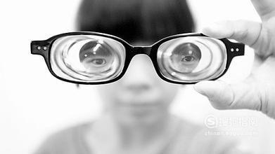 为什么近视手术价格差异巨大?