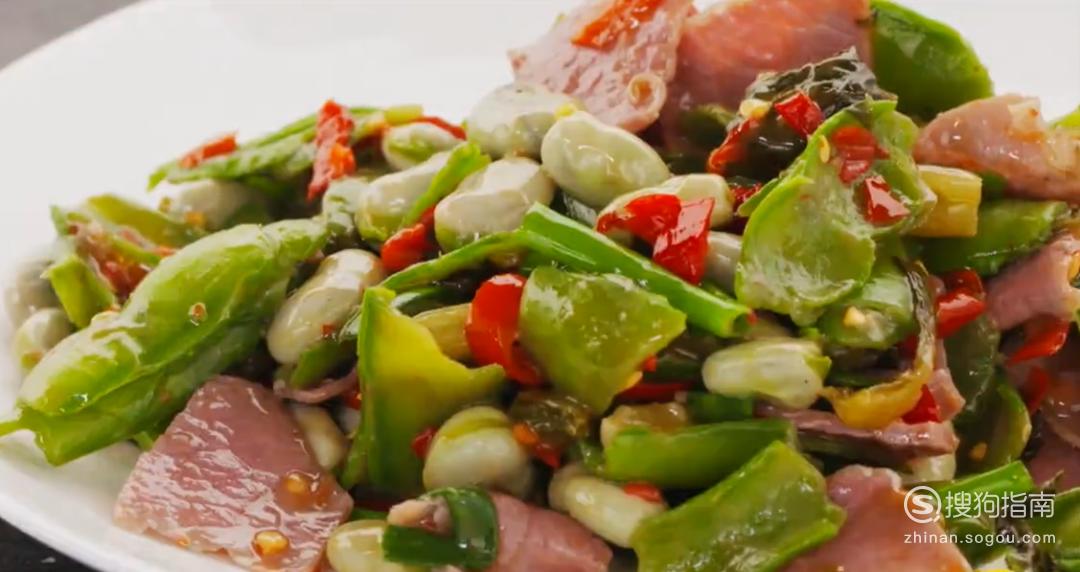 酸菜炒蚕豆的做法