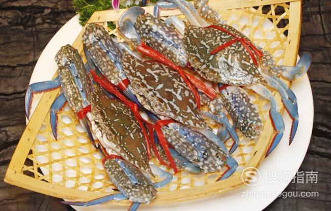 花蟹的杀法(图解)姜葱爆炒花蟹的做法(图解)